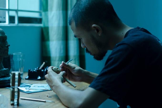 Artist Pham Dinh Tien, San Art Laboratory Session 5, in his studio