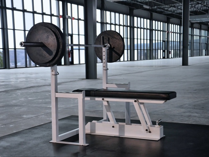 Maxx bench: first ever gravity release bench press by dave