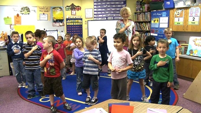 Terry Varnell's Class Says the Pledge of Allegiance