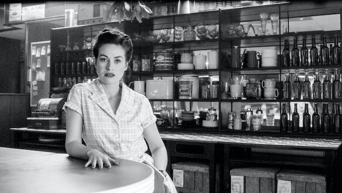 Maimie McCoy as Rosie