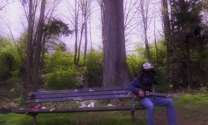 kurdt cobain memorial bench, seattle. april 6, 2015