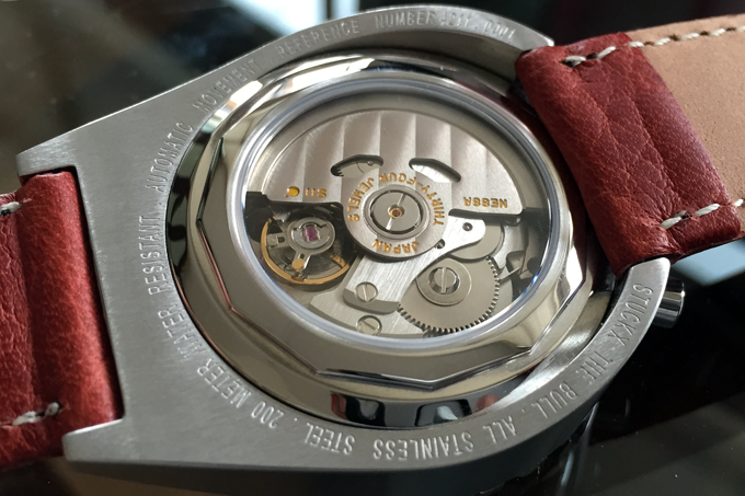 The display back of the automatic Bull version with NE-88 movement