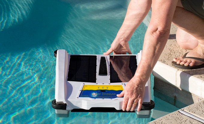 Solar Breeze Next Generation Solar Robotic Pool Cleaner By