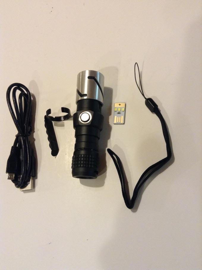 JR-X1 accessories (the mini usb plug-in light is not part of the rewards)