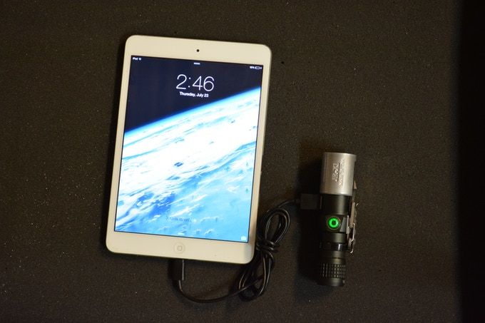 The JR-X1 charging an iPad.