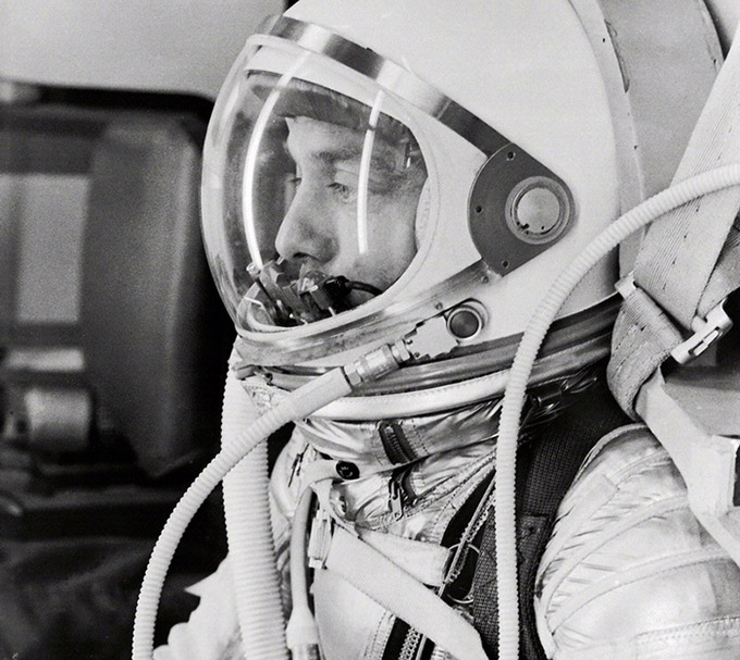 Profile of astronaut Alan Shepard in his silver pressure suit with the helmet visor closed as he prepares for his upcoming Mercury-Redstone 3 (MR-3) launch. Photo credit: NASA