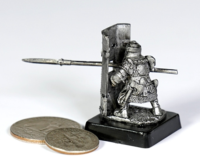 (D1) Dwarf shield
