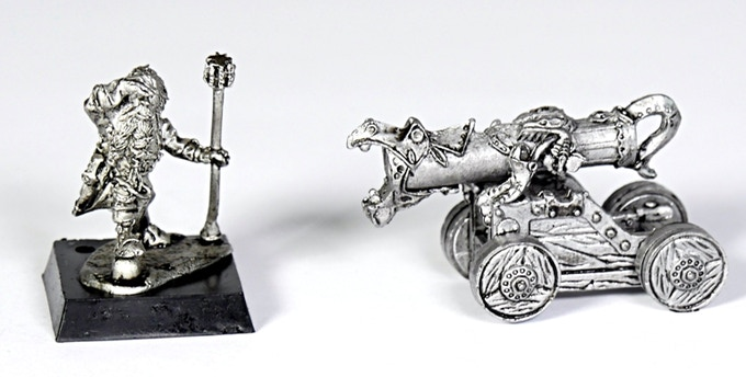 (D14) If you pledge less than the $100 you can still get the Dwarf + cannon (D14) by adding the price $10!