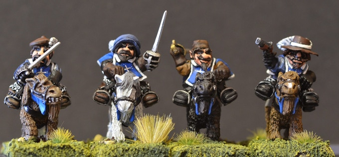 Mounted Dwarf Musketeers Figure Pack MDM1B