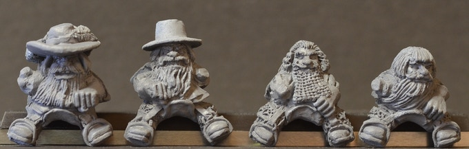 Mounted Dwarf Musketeers Figure Pack MDM4