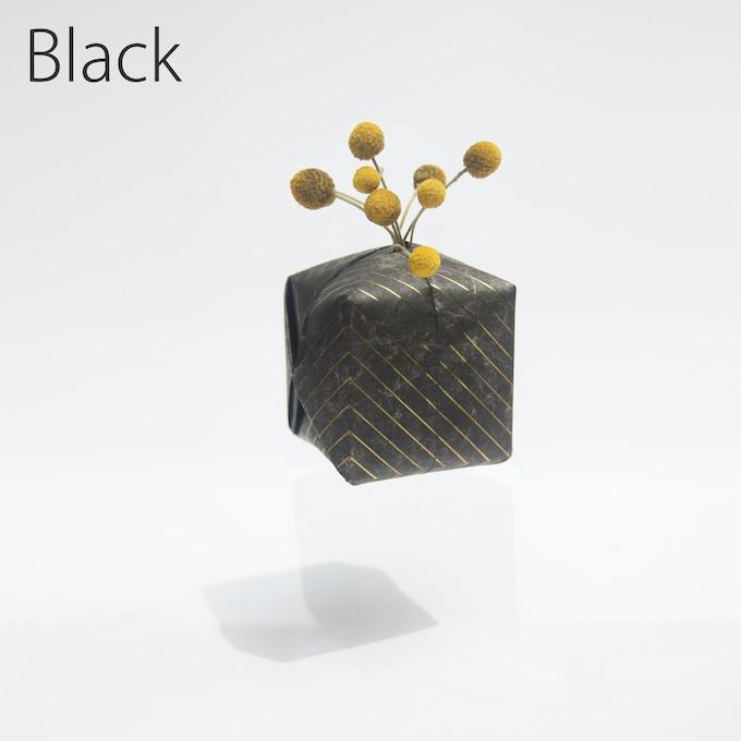 Black / Tyvek / 80mm(W) x 80mm(D) x 80mm(H)