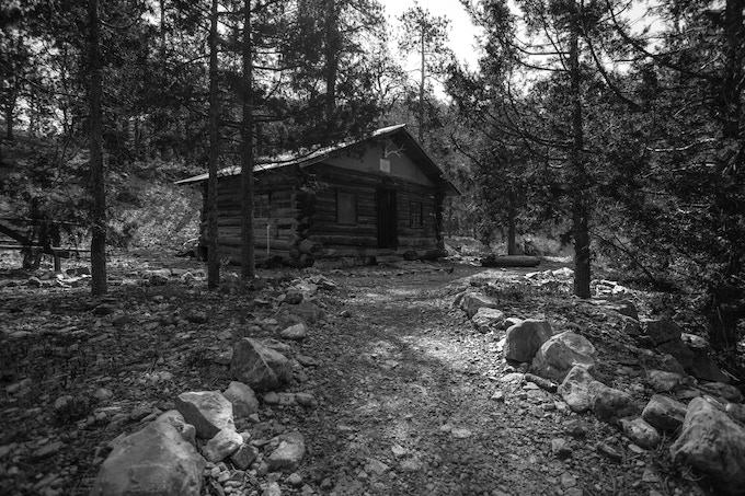 Cabin at Hidden Forest