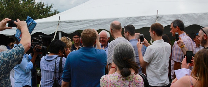 Bernie interacting with his bandwagon after a speech in Bow, New Hampshire