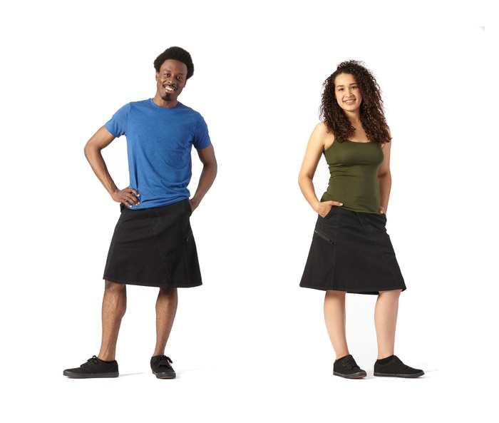 A modern, comfortable, unisex skirt with large pockets.Made in the USA of imported fabric.