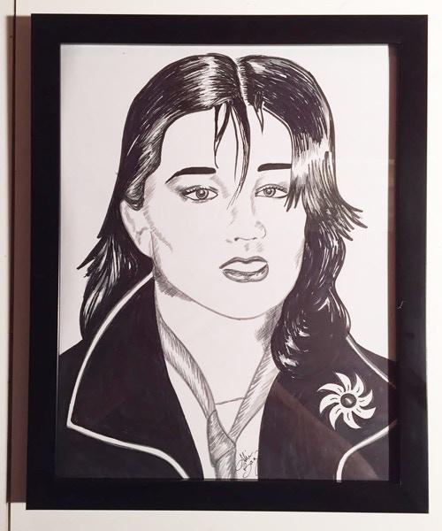 Kira Roessler, framed manga marker