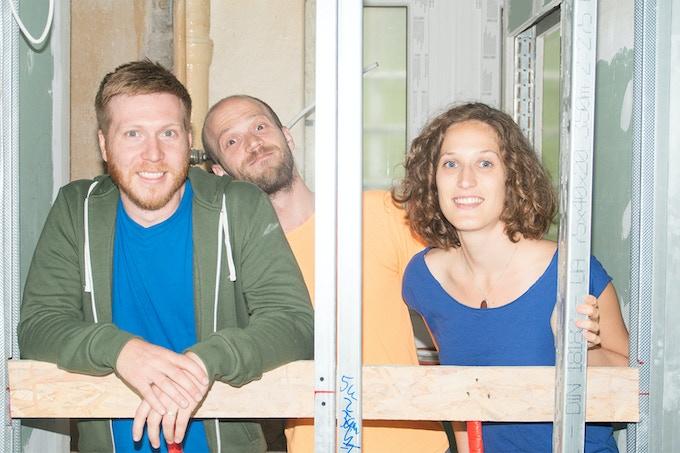 Noah, Dino and Nina - photo courtesy of Alexander Coggin - www.alexandercoggin.com
