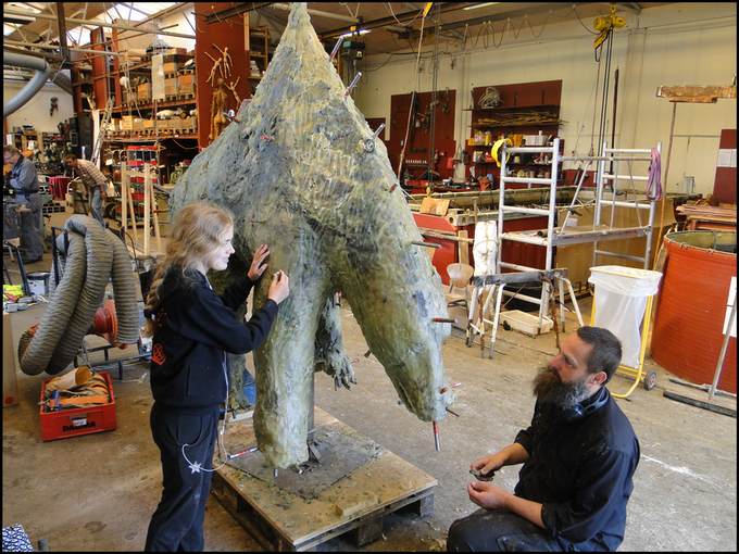 The Polar Bear is molded. Later is will be cast in copper.