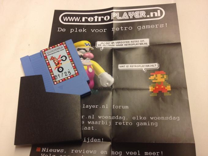 Blue Nintendo NES cartridge of the retroplayer.nl championship 2015