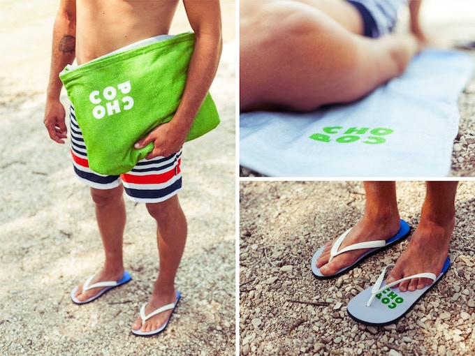 Sleep on the pillow, rest on the towel, walk with the flip-flops.