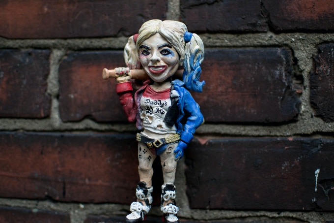 Harley quinn using a female base
