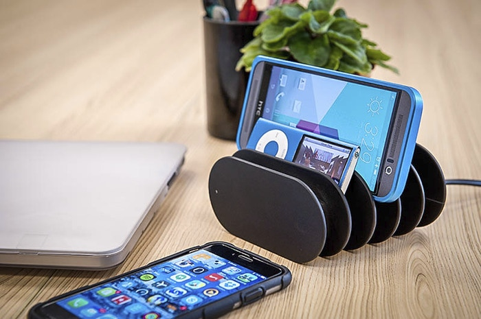 Compact, Organized and Smart Charging