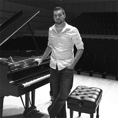 Kagan Breitenbach - Piano