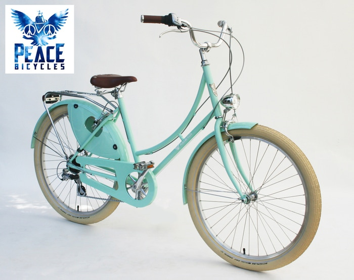 Dutch style, fully-loaded comfort commuter bicycle and a cycle chic cruiser in one. 2 frame styles:)