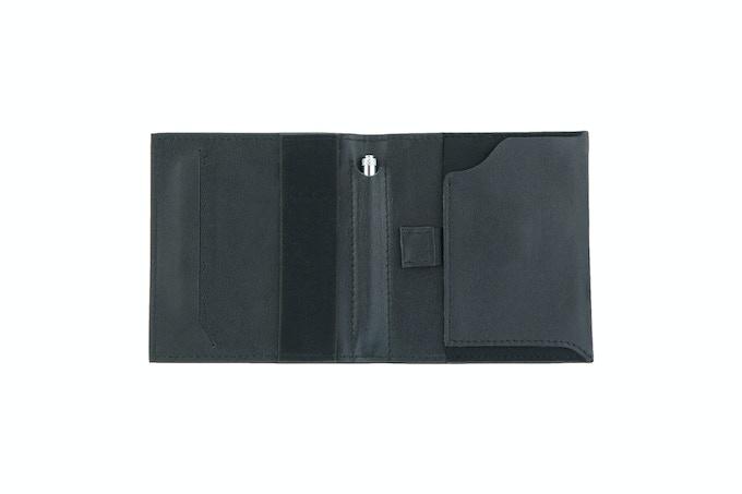 Aki Wallet in Full Grain Leather (Black)