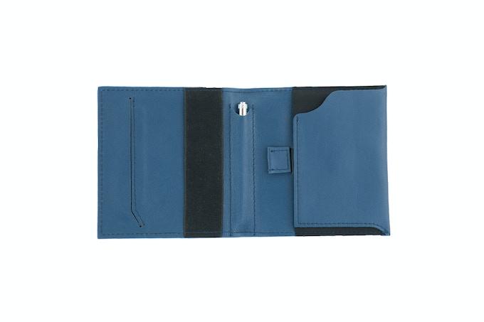Aki Wallet in Full Grain Leather (Blue)
