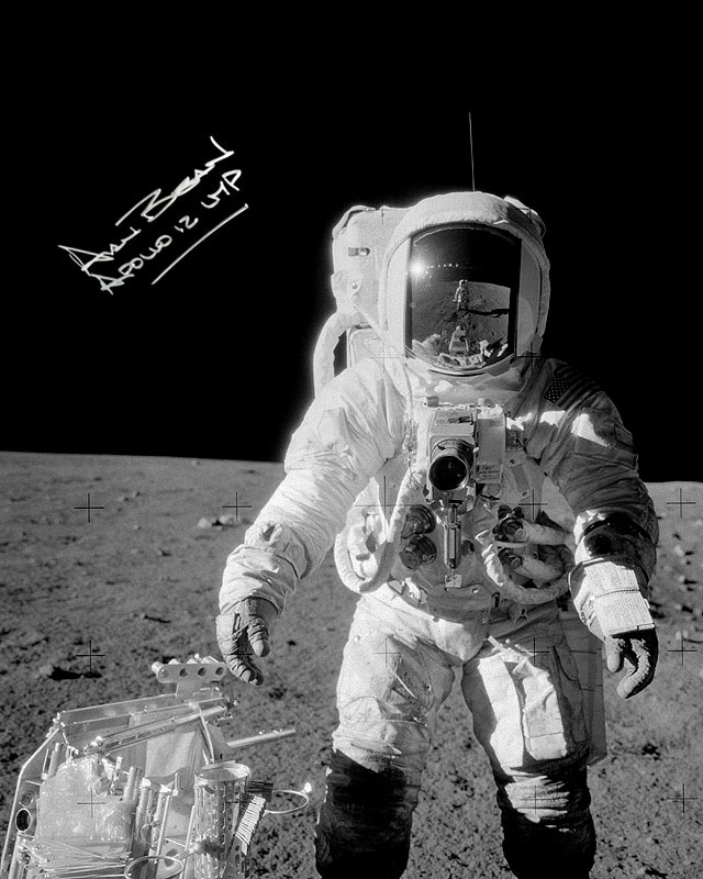 Alan Bean signed 16x20 inch photo
