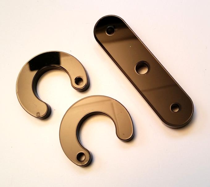 Laser-cut PMMA (plexiglas) parts / Pièces en PMMA (plexiglas) découpées au laser
