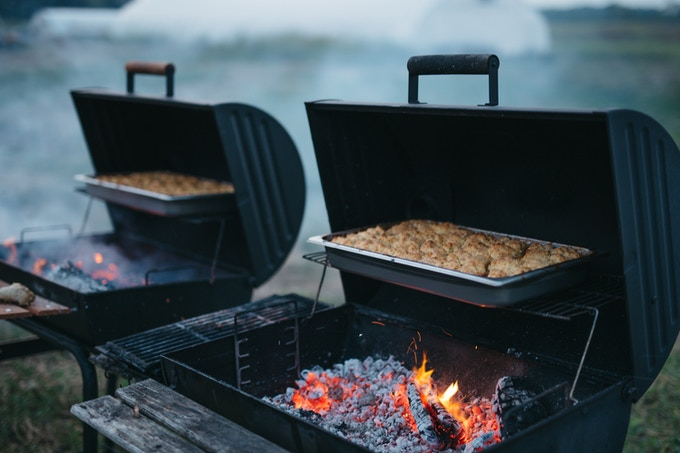 peach cobbler over the grill