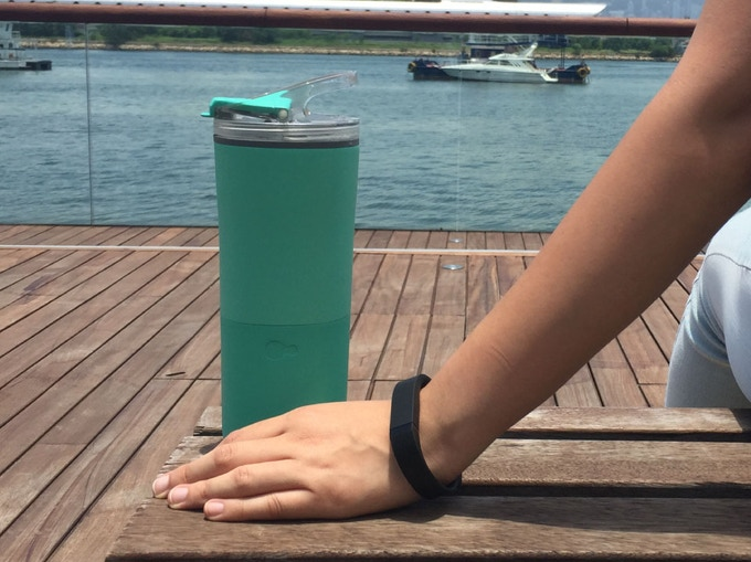 Easily sync with wearables like Fitbit, and apps like Apple Health to help track your hydration versus activity progress.