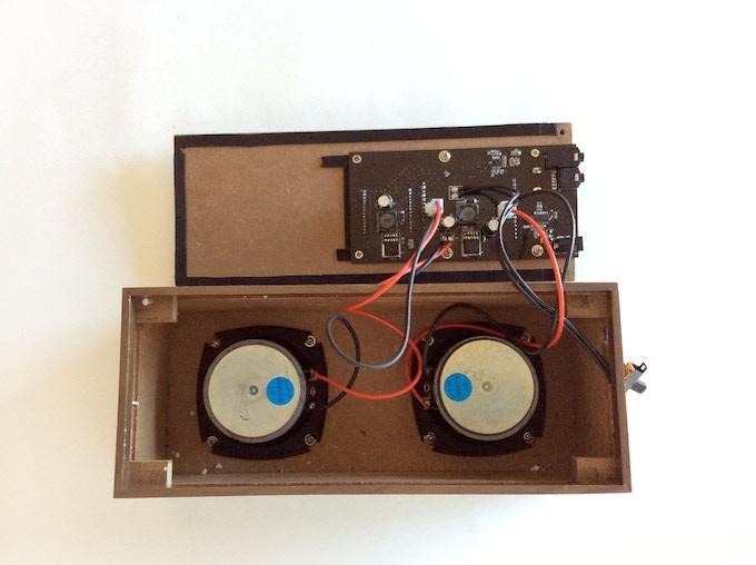 Plug in speakers
