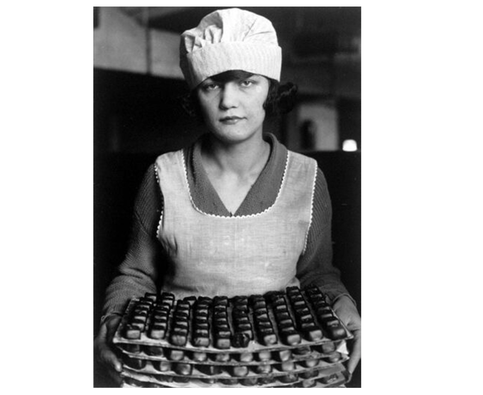 Hines candy worker, 1925