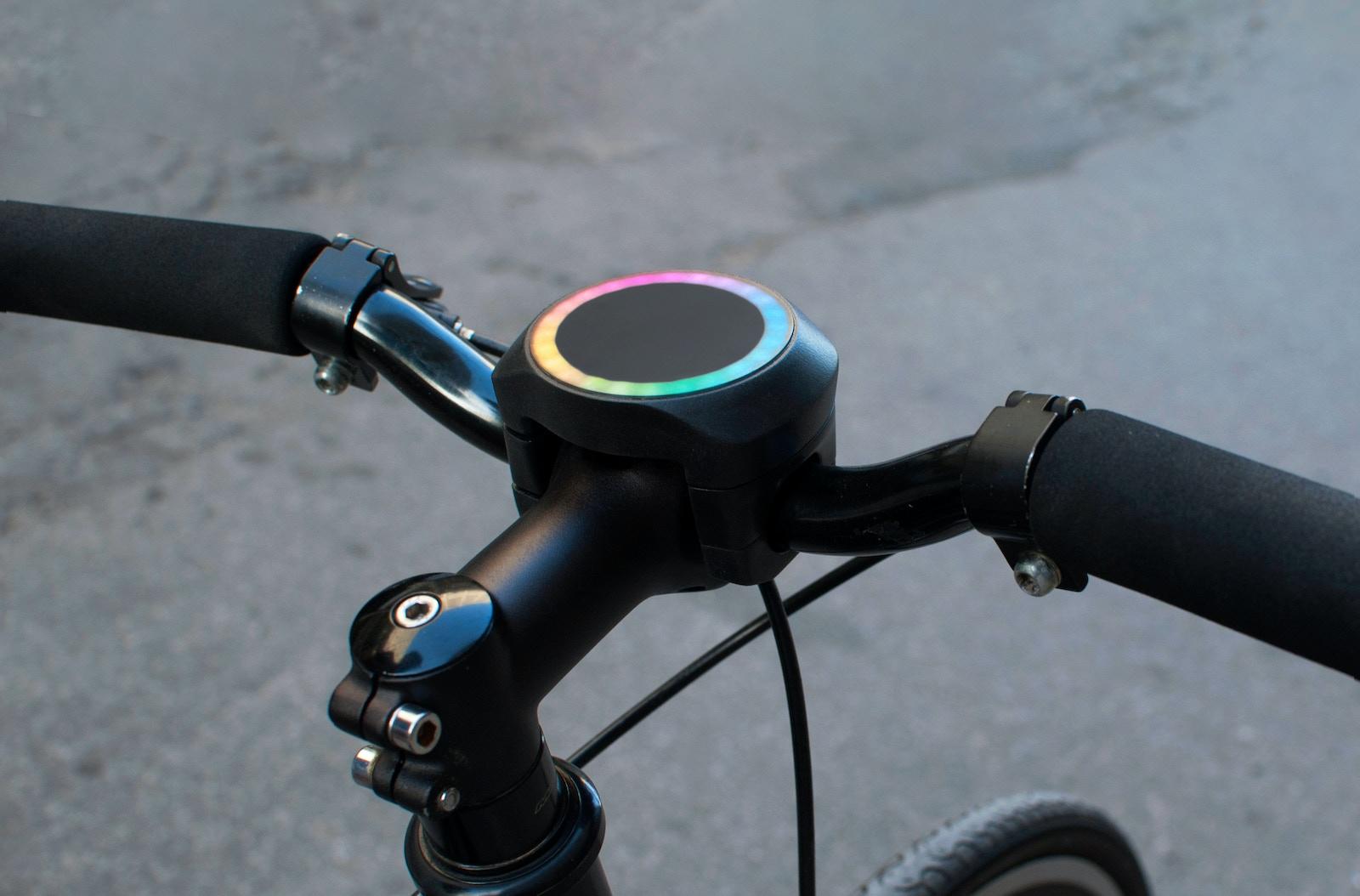 SmartHalo - Turn your bike into a smart bike