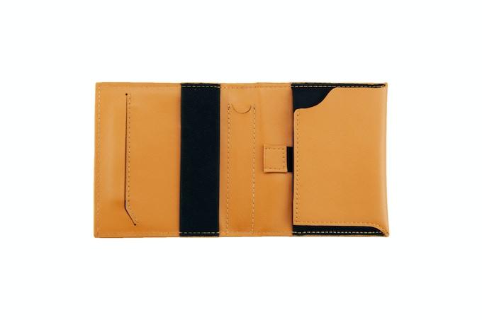Aki Wallet in Full Grain Leather (Tan)