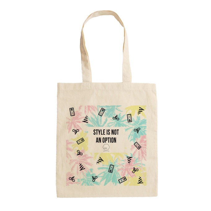 Tote bag with an exclusive pattern - 37 x 41cm - Medium-length handles: 40-44cm - Capacity: 12L - Made in France