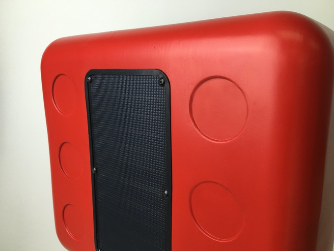 Built In Anti Scratch Solar Panel