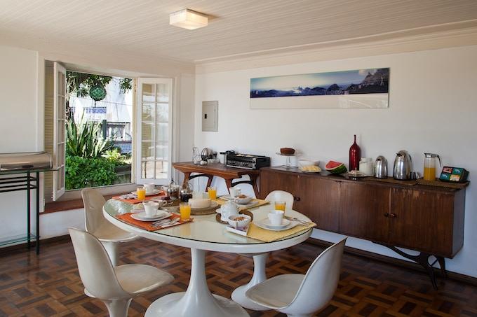 Breakfast served daily at Casa da Denise