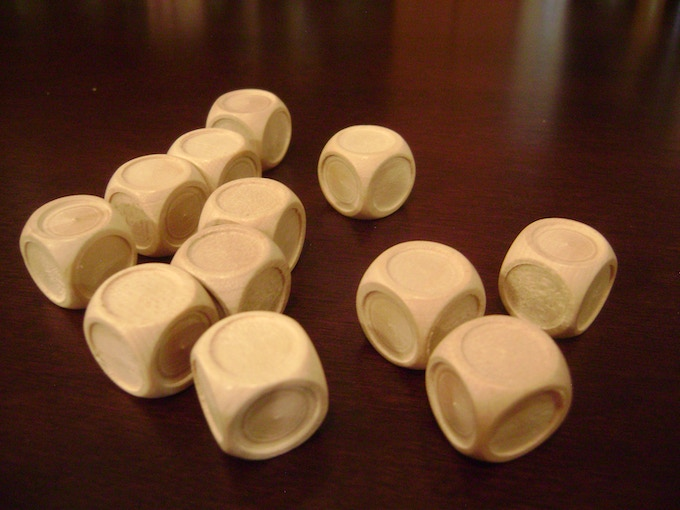 12 blank wooden dice
