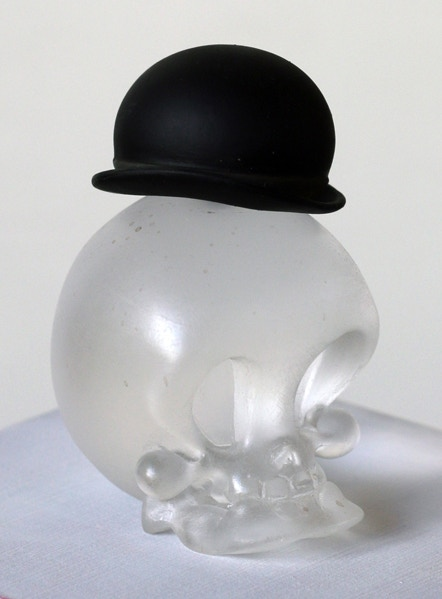 Exclusive resin Lucky Skull reward by Brandt Peters. Note: Mock-up may not exactly reflect final product.