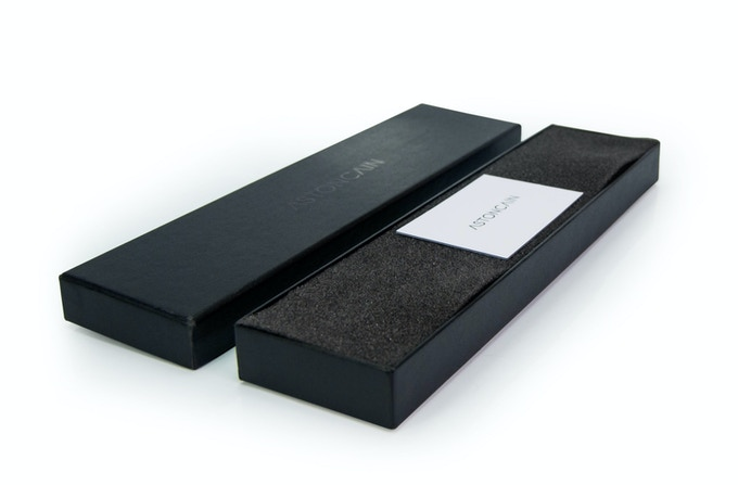 ASTONCAIN | 002 - Packaging with Brand insert