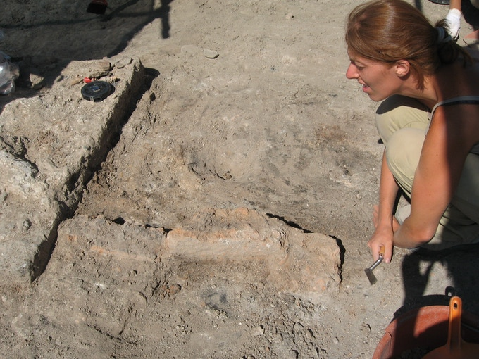 Martina, a bit puzzled, while digging out a Roman kiln in Tuscany (Albinia, amphorae production centre, 1st -  2nd AD)