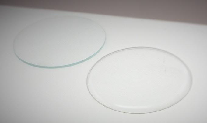 Sapphire coated classic glass (left) and acrylic crystal glass (right)