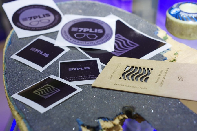 Stickers + carte concours photo 7Plis