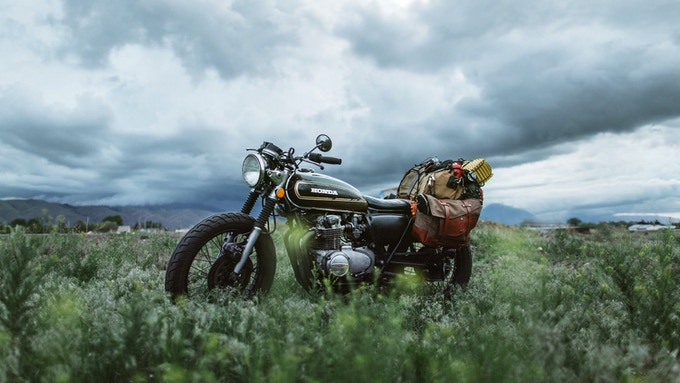 Jenny's CB550 on her way to Motos in Moab with prototype #2