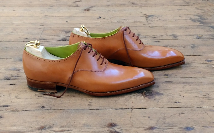 Bespoke shoes and shoe trees