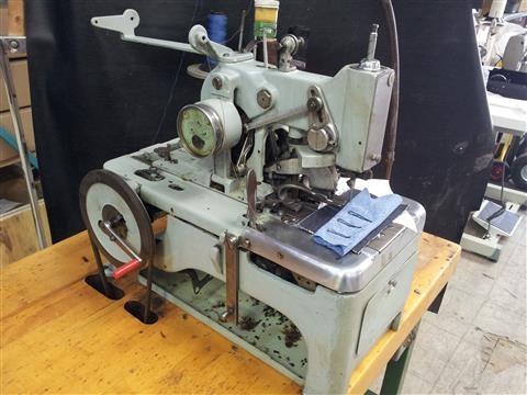 Reece Keyhole Buttonhole Machine