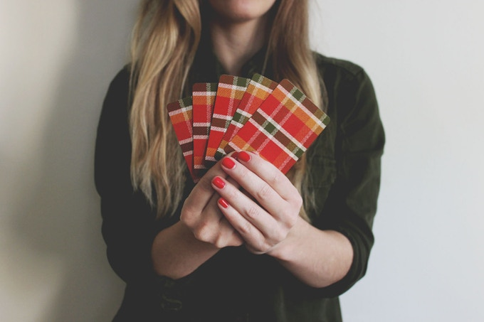 Plaid pattern on backs of the playing cards